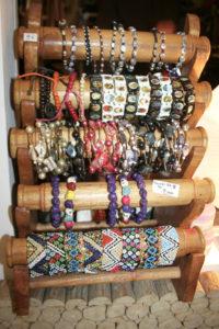 bijoux et bracelet